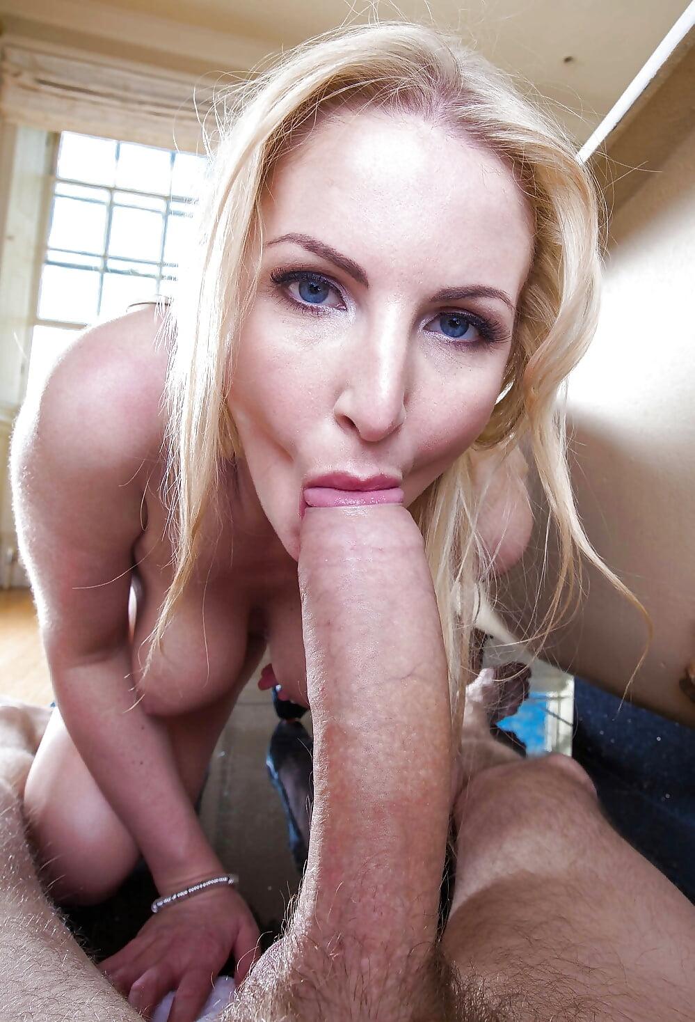 Hot Blonde Maryjane Gets Big Dick Down Her Throat