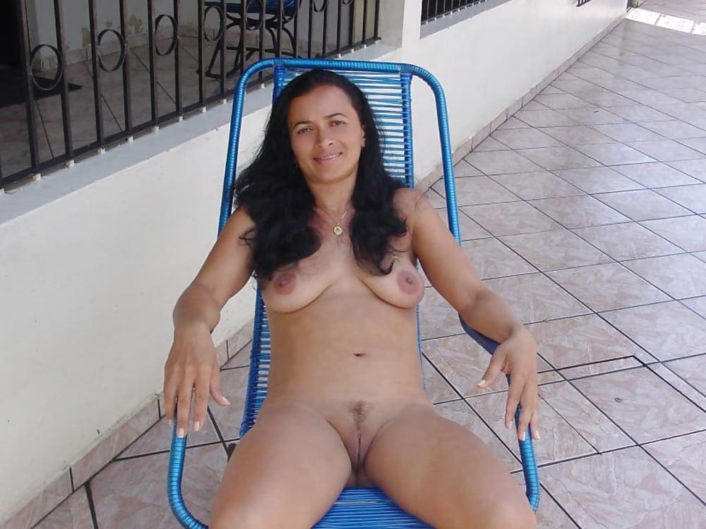 aussie-amatuer-babe-nude-sexy