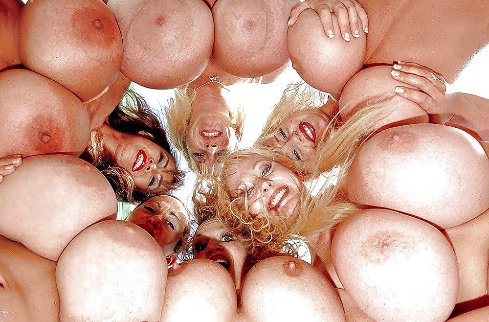 Видео групповое тискание груди смотреть сейчас — img 12