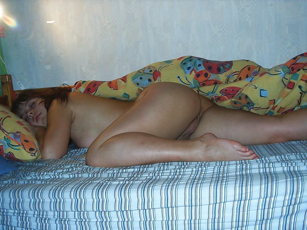 Фото частное спящих женщин