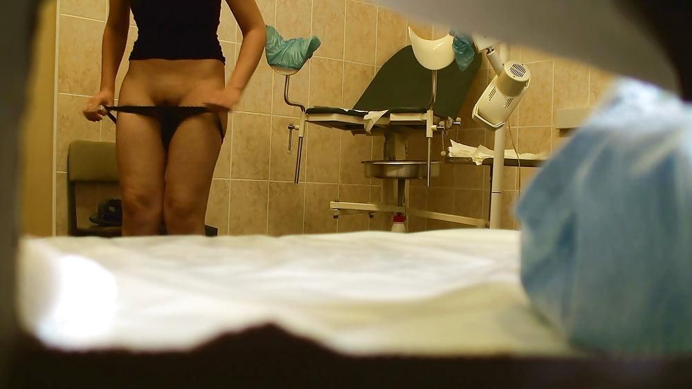 фото и видео скрытой камерой в кабинете гинекологии