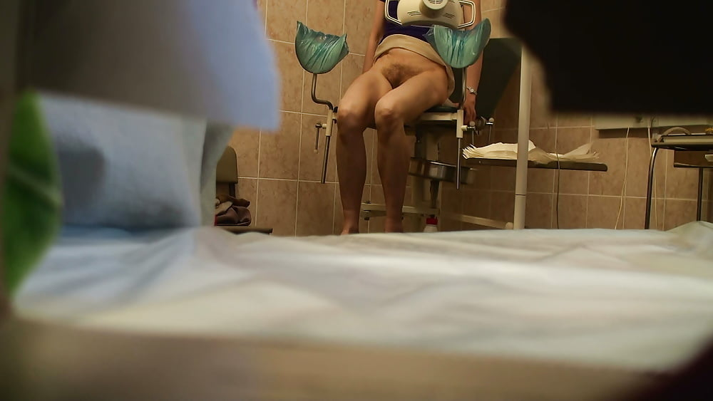 striptizer-stringah-skritaya-kamera-v-okne-ginekologicheskogo-kabineta-filmi-krutoy-porno