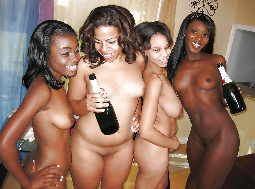 Nude ebony group girls hd photo