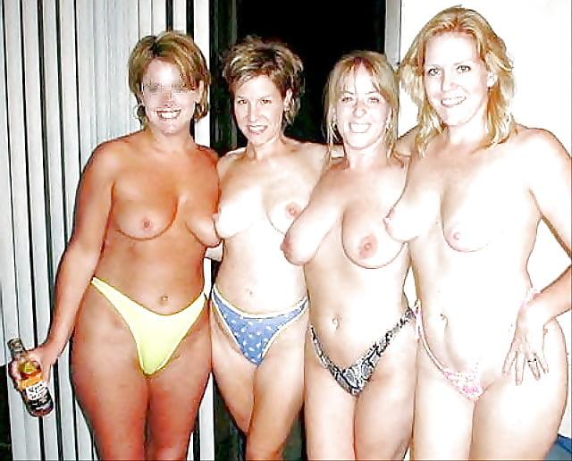 Big Tits Moms Pics