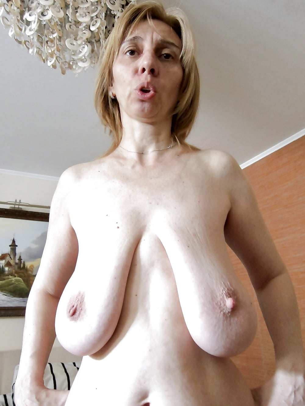 Saggy blonde free pics