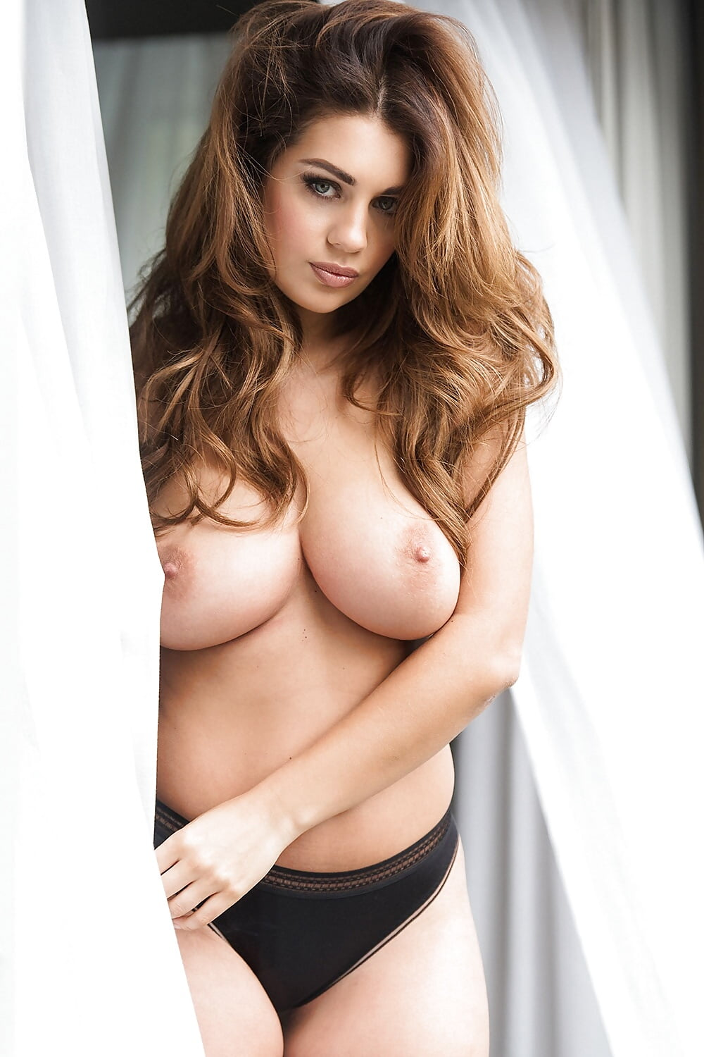 free-pictures-of-ladies-topless