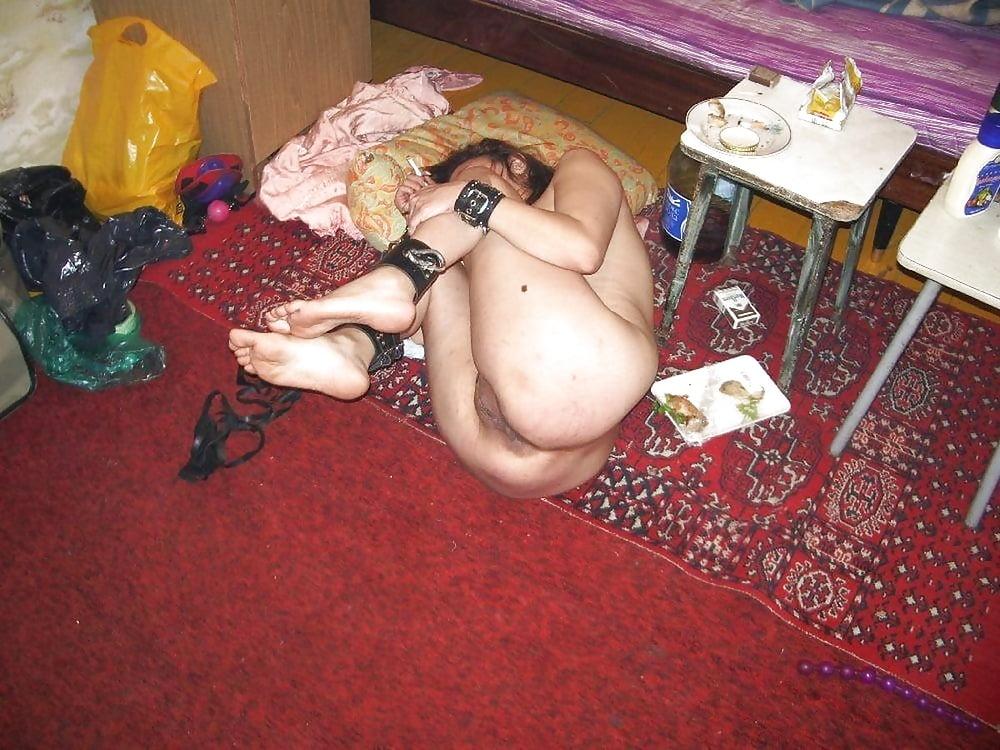 Домашнее фото рабынь, русские девушки писают мужчинам