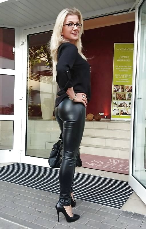 amateur-leather-pants-chicks-porn-star-from-mtv