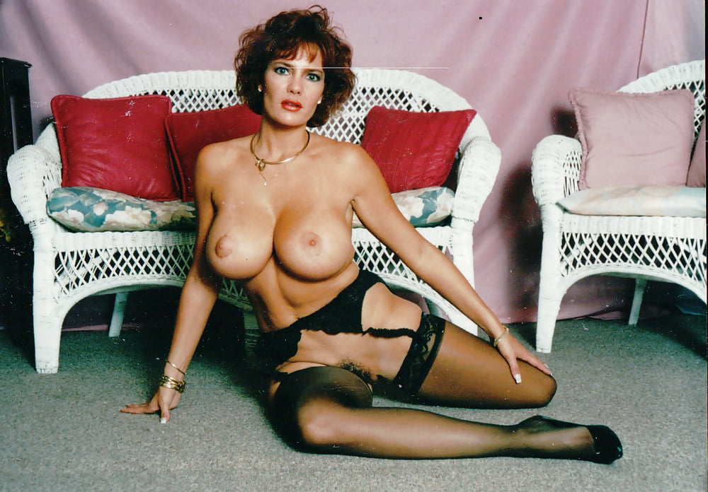 Retro vintage porn with busty brunette pornstar giving titjob and shagging
