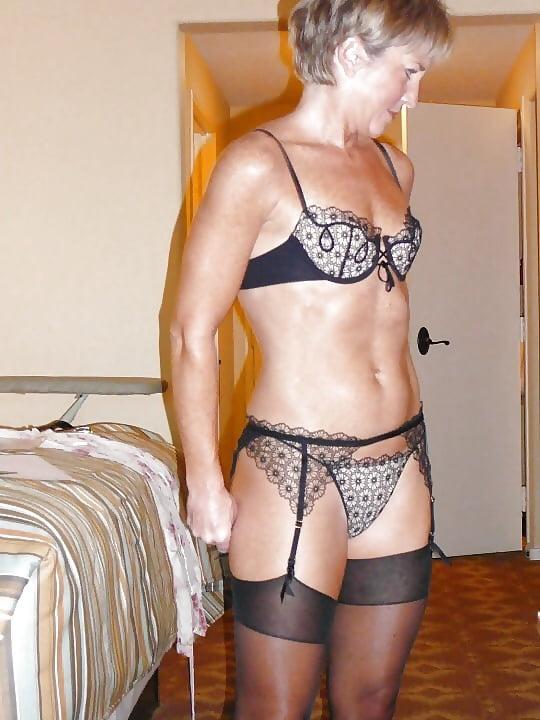 Attractive mature ladies posing nude