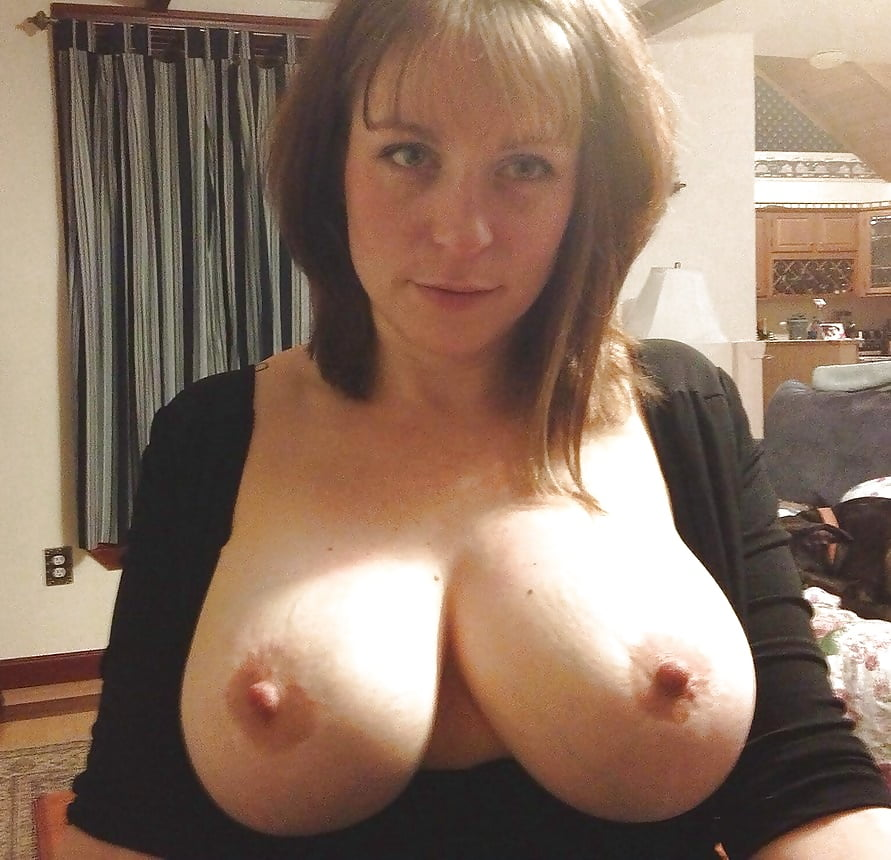 rate-mom-boob-redhead-shower-bikini