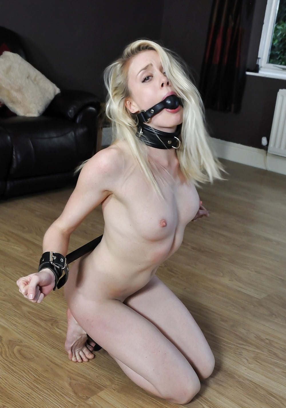 Sexy hot nude lady gag grils prons