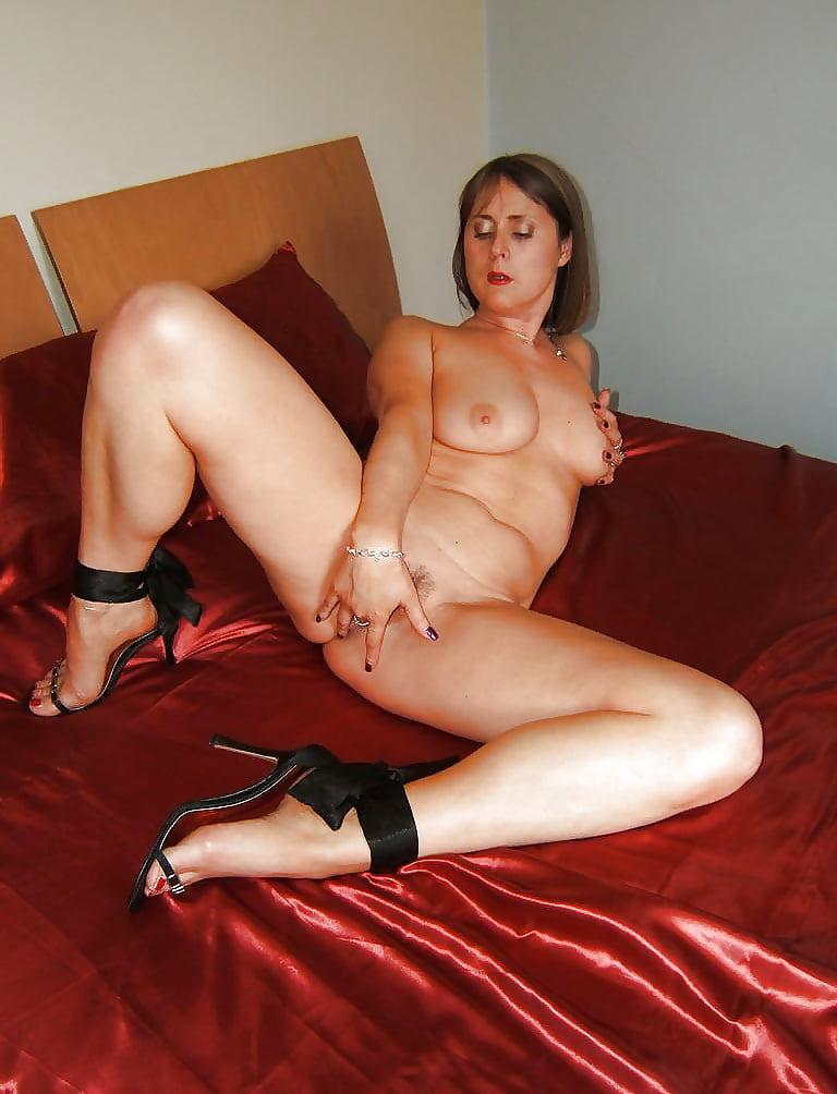 uk-amateur-porn-christie-niki-minaj-fucking-naked