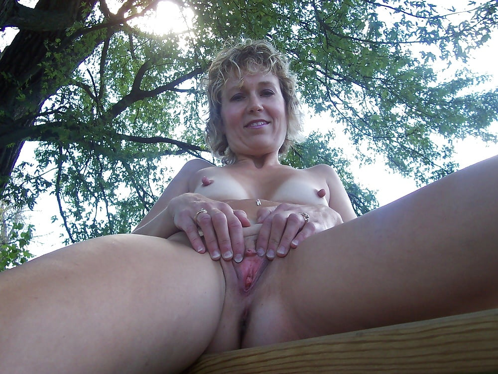 home-outdoor-wife-video-daughter-getting-her-pussy-licked
