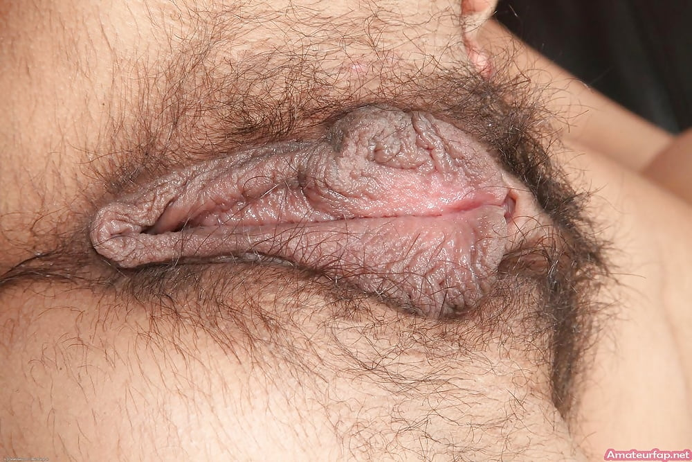 Very hairy mature with big pussy lips