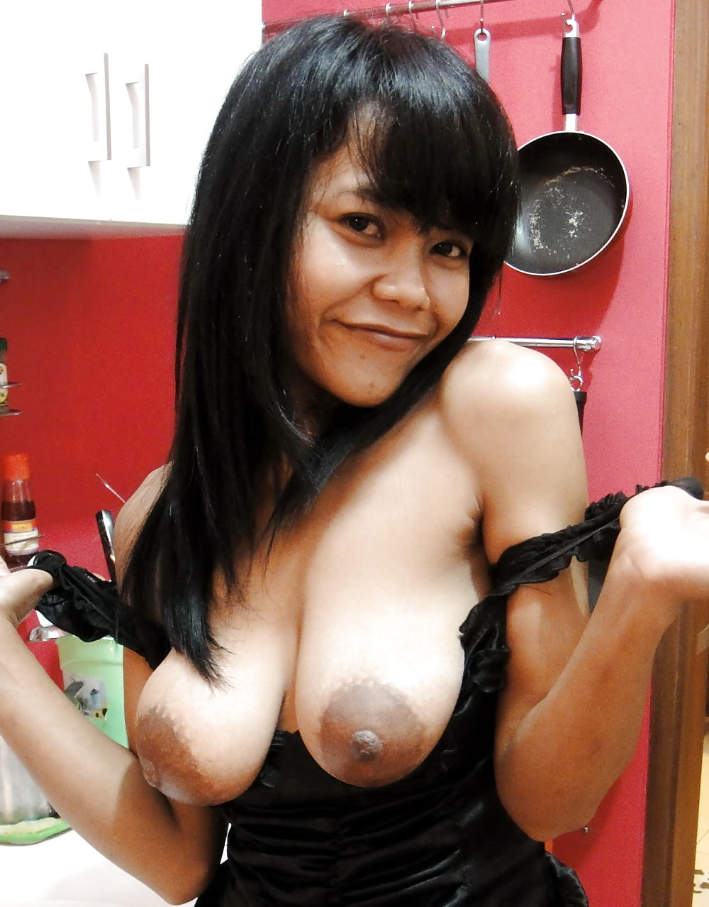 indonesian-boobs-girl-picture-duncannude