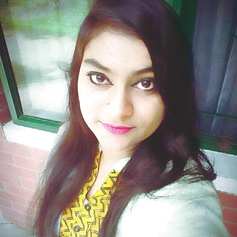 Dhaka in call real girl Beautiful Whatsapp