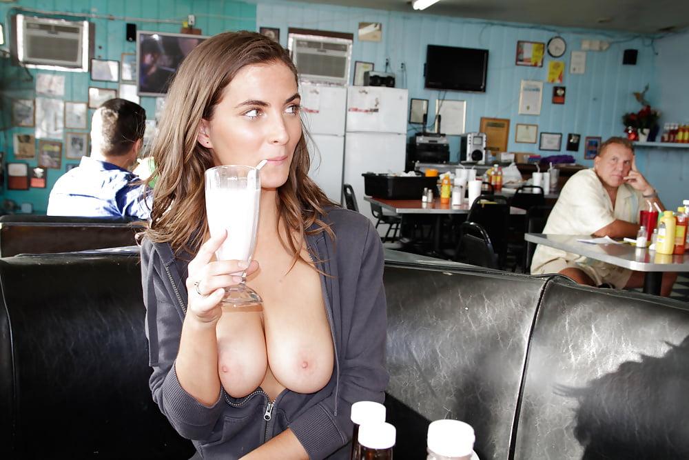 жена ванал в ресторане