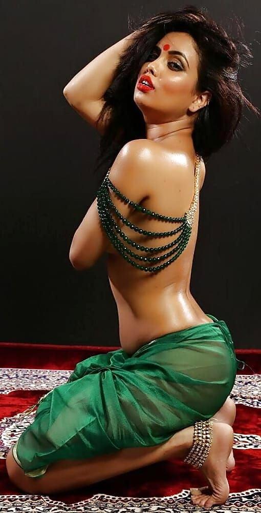 Busty indian model dakini