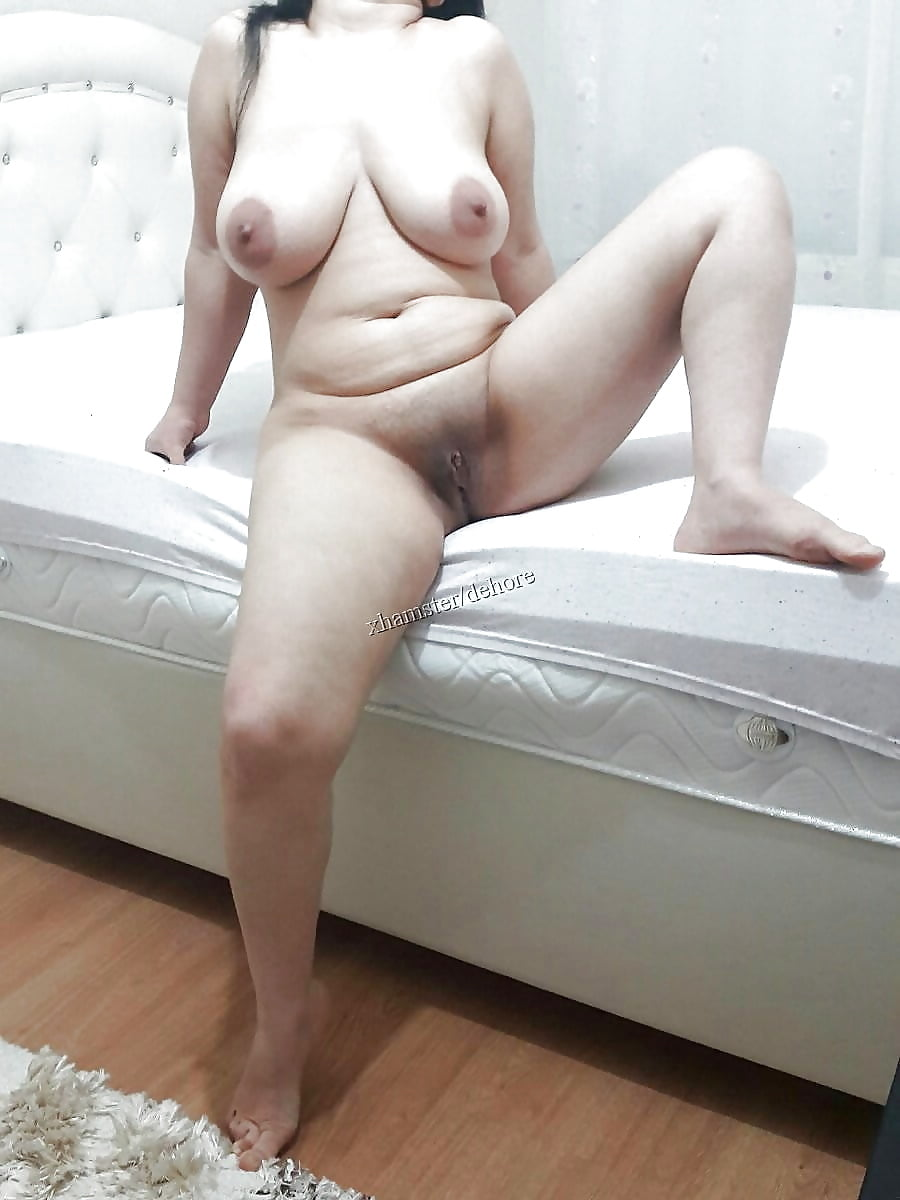 Bent Over Spreading Beautiful Turkish Girl Ass Nude Girls Pictures