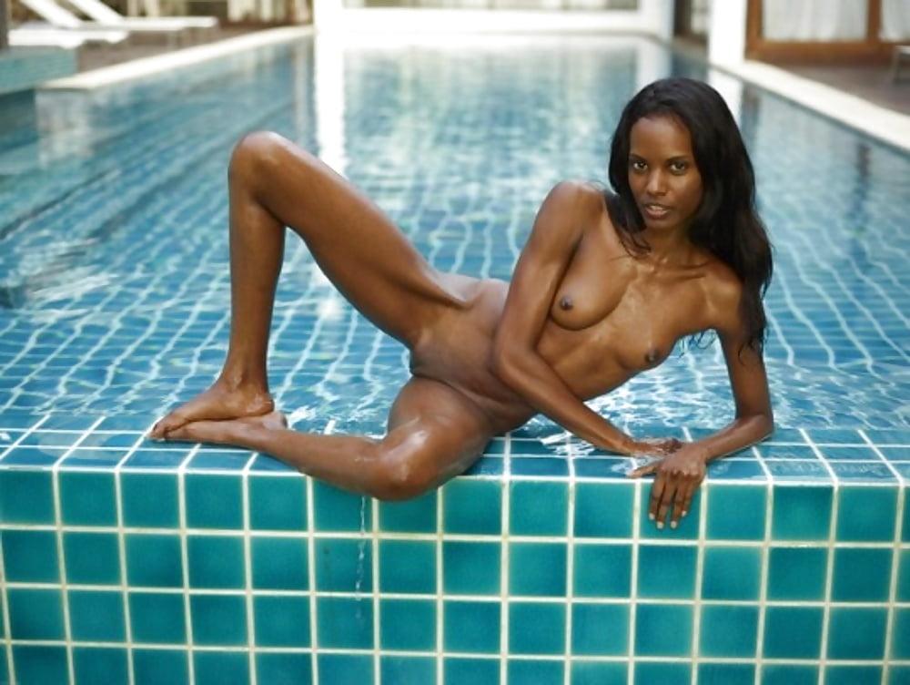Ebony female swimming pool nudes