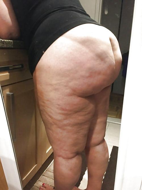 был толстой попой забавляюсь вынимая тела
