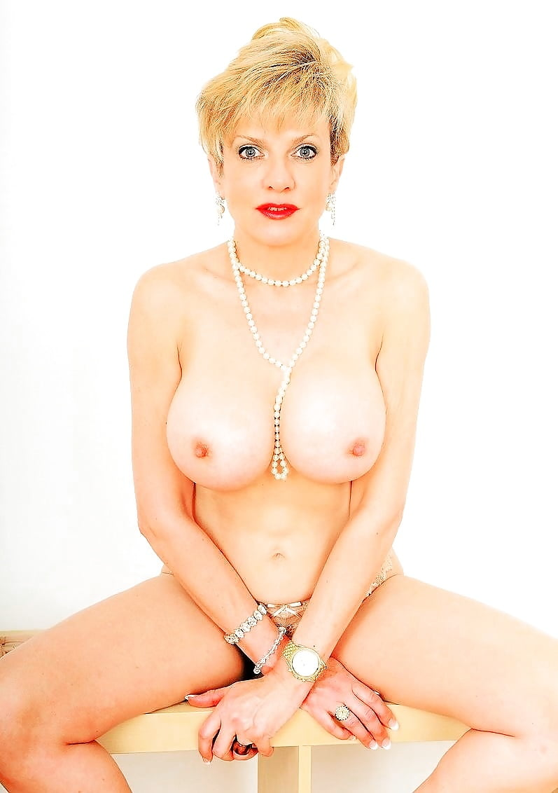 Classic mature lady sonia nude hot porn pics and gif blog