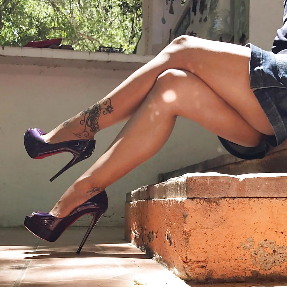 Pin On Hot Legs