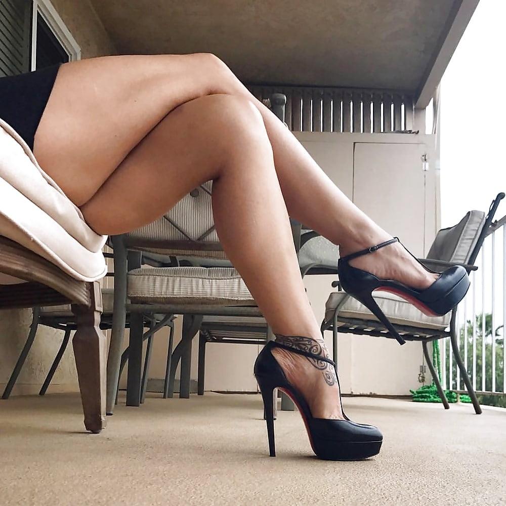 Hair sexy legs movies hustler