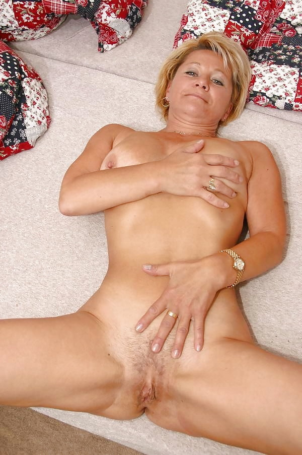 Nutte Mutter Sexmaschine Kondomsex