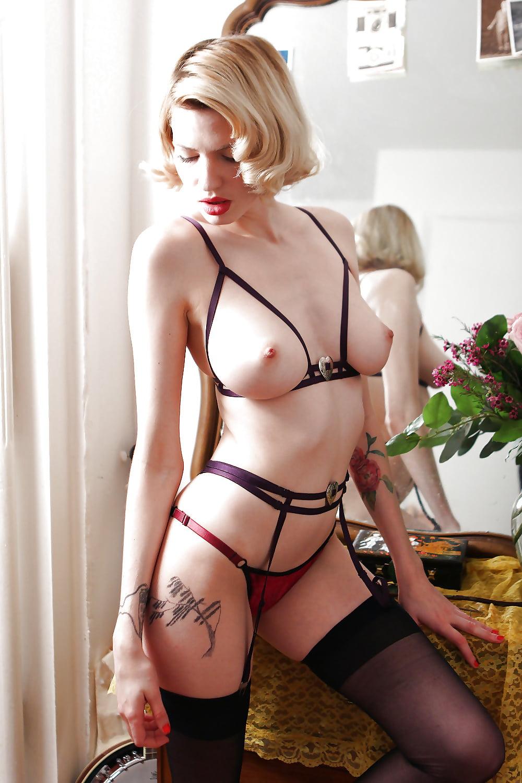 Innocenthigh amy brooke boob lingerie open fuck yes porn pics xxx