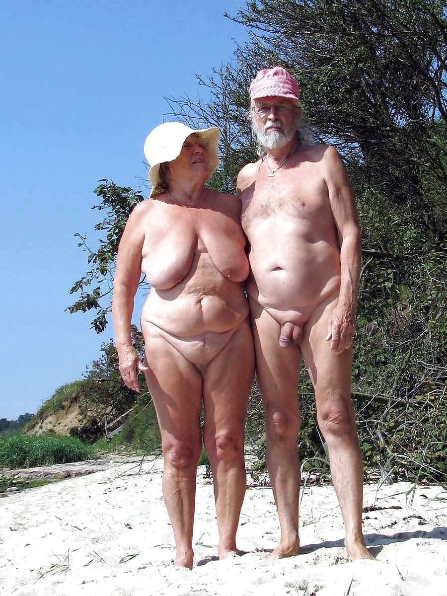 Голые Старухи На Нудистском Пляже - Нудизм И Натуризм