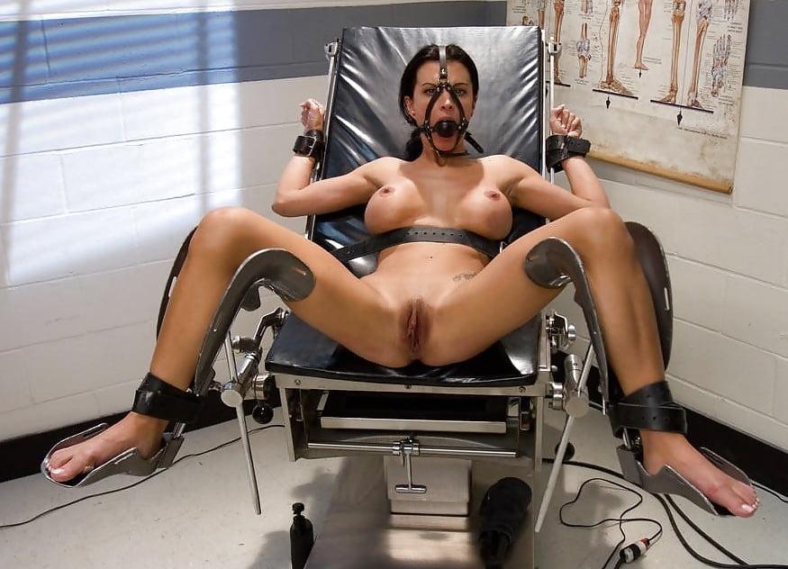 Привязали парня к гинекологическому креслу видео, рачком в киску фото