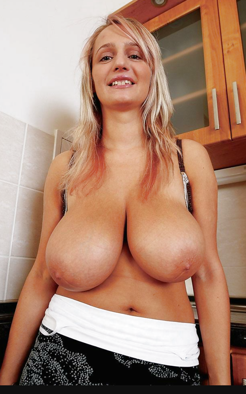 Heavy hanger tits