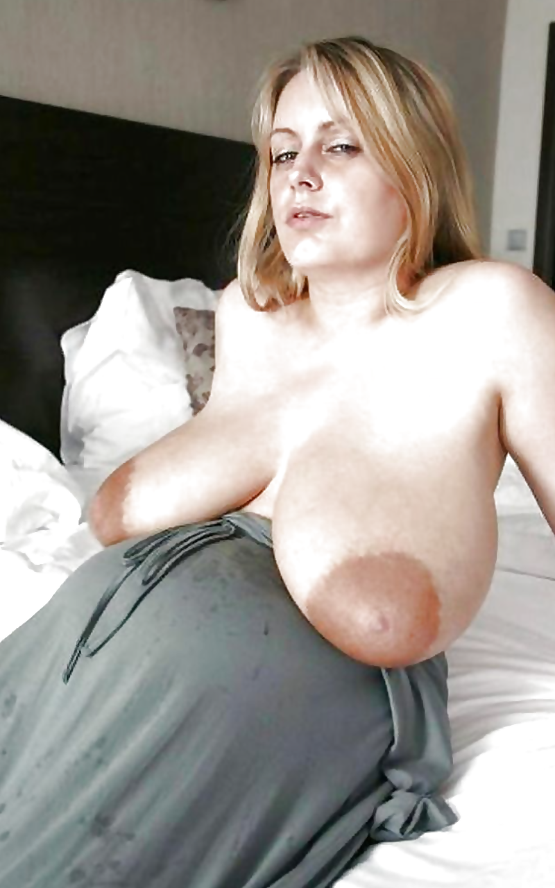 Amateur big saggy boobs beach