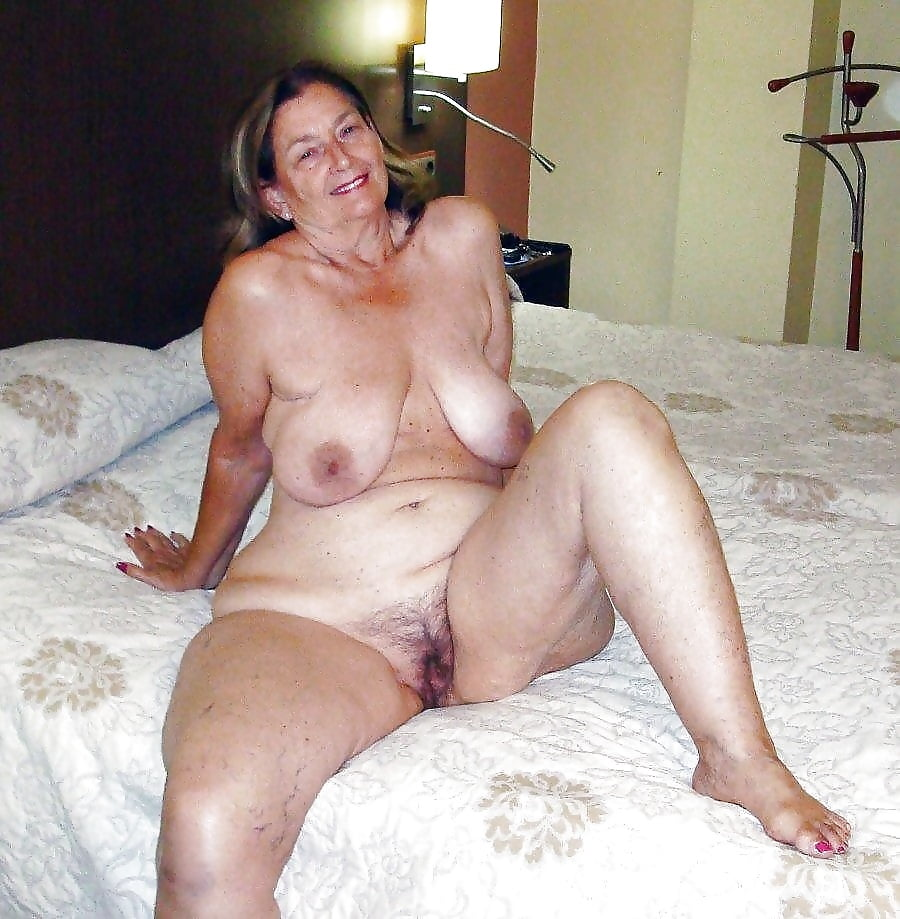 Photos pornos granny saggy