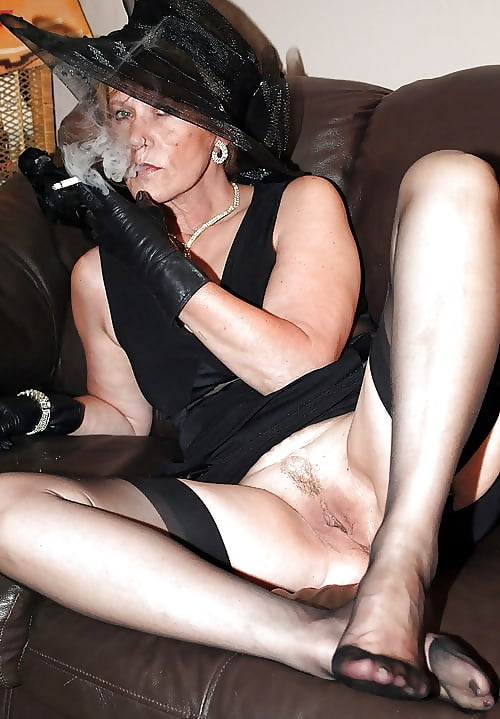 Shemales Smoking While Getting Nailed, By Popularity