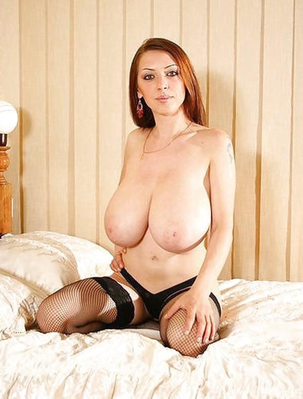 Big tits and slim waist