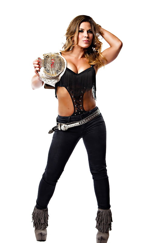 Wrestling babe mickie james
