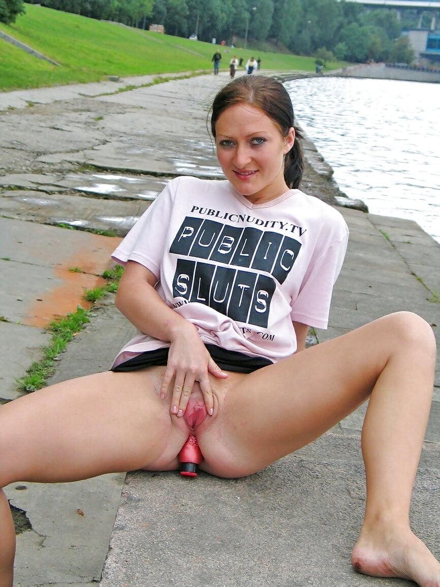 Curvy slut wife blowjob