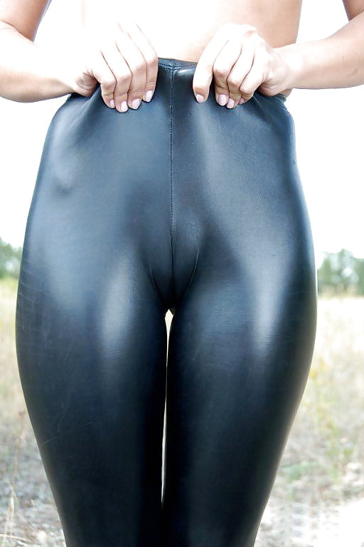 Pretty spandex pussy, free vergion pron photos