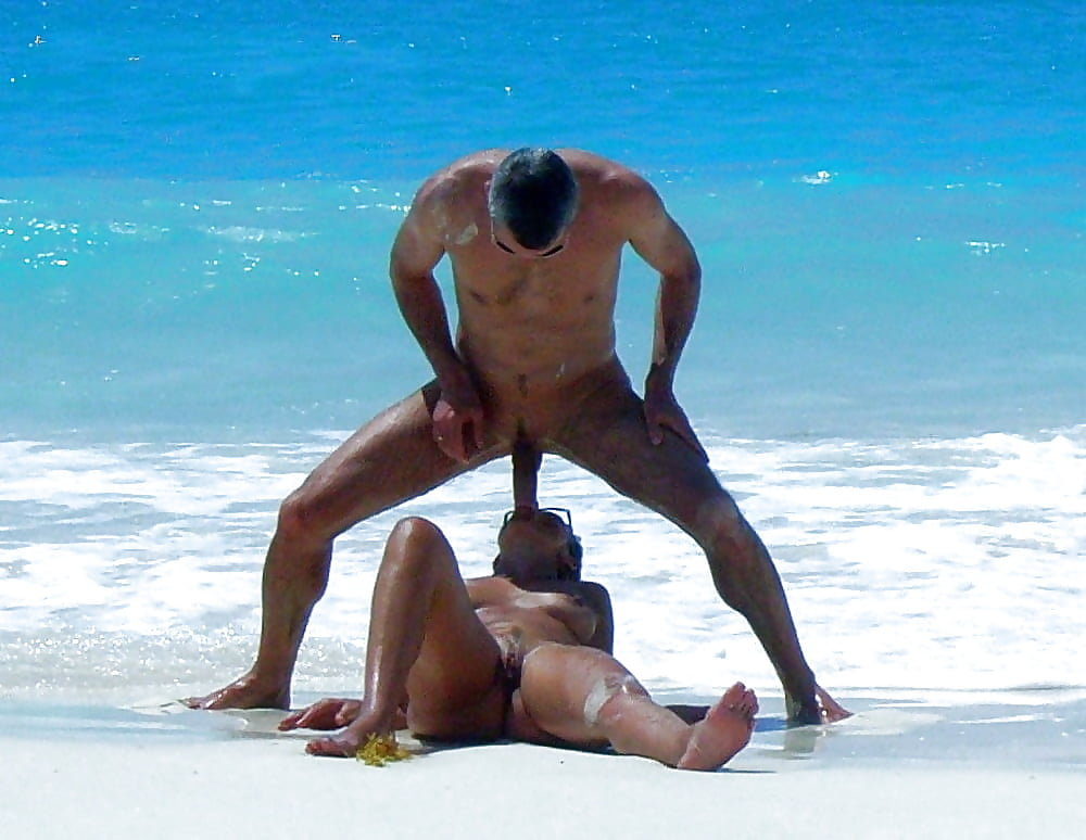конце помню парни сосут на пляже скачать андроид том