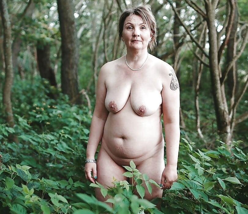 Liliput Teen Outdoor Orgasmus