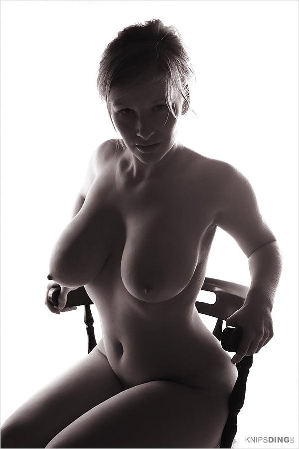 https://x3vid.com/images/18067/Babes_Big_Boobs_Tits_devote_schlampe_4285503-4.jpg