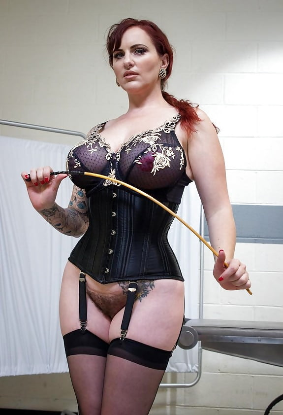 Get mature leather mistress xxx for free