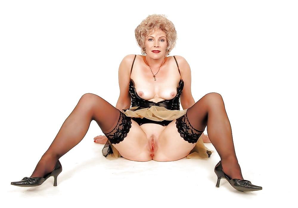Erotic older ladies nude