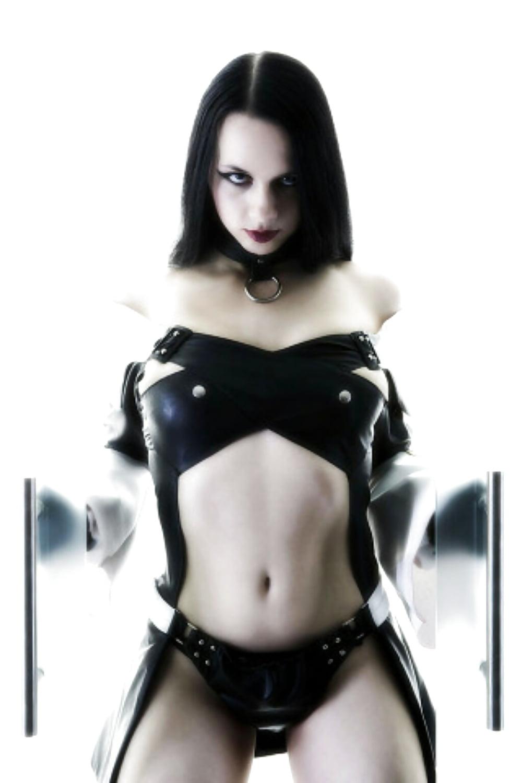 Goth girls erotic — photo 4