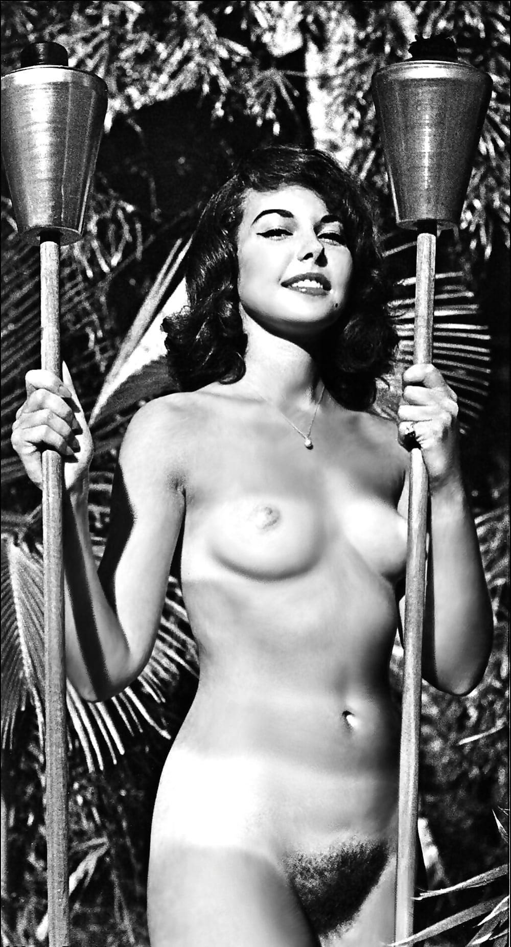 шагами голая девушка галина на подборках прошлых лет сайт содержит