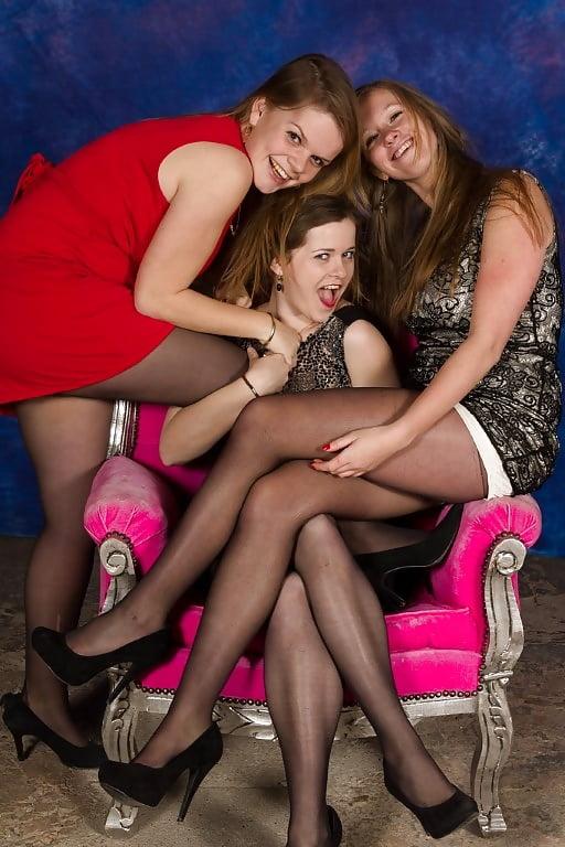Girl lesbian pantyhose group