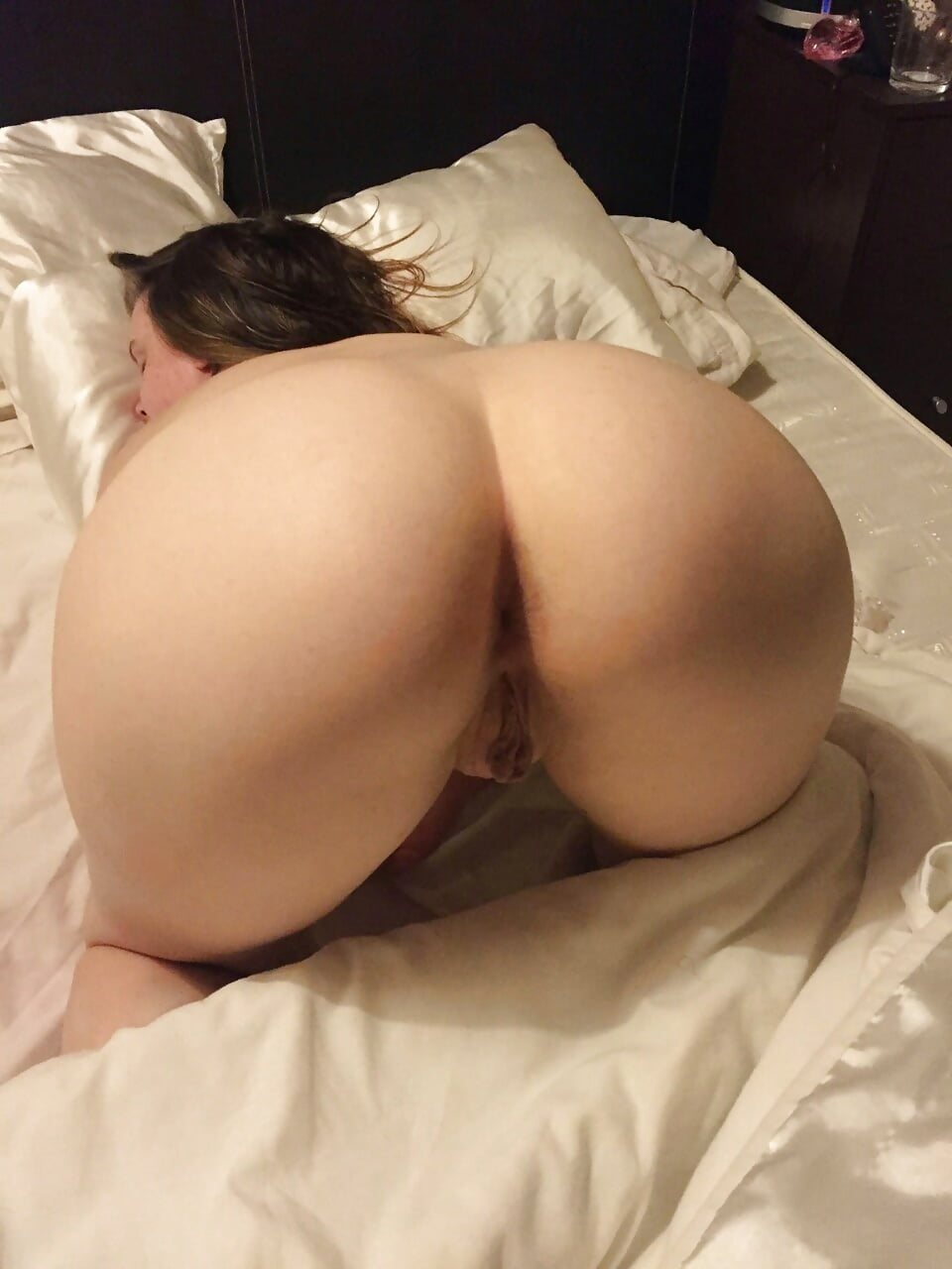 Amateur whooty naked